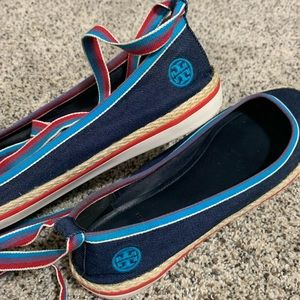 Tory Burch Flats/Ankle Wrap